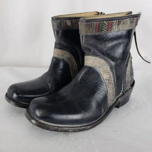 Bed Stu Womens black distressed ankle boots Sz 7.5